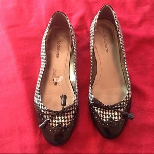 Shoes - Black & White spectator flats sz 10 Liz Claiborne